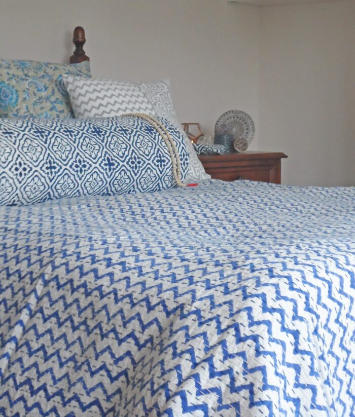 printed bed throw