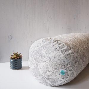Buckwheat Yoga Bolster Calm Grey Print Yogipod