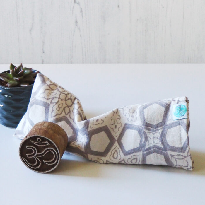 Yogipod Eye Pillow Block printed fretwork grey