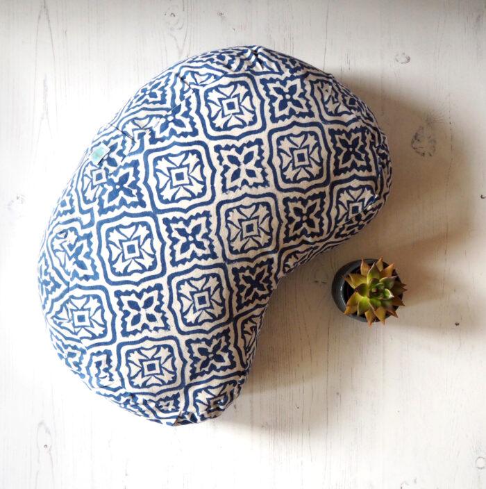 Yogipod meditation cushion blue